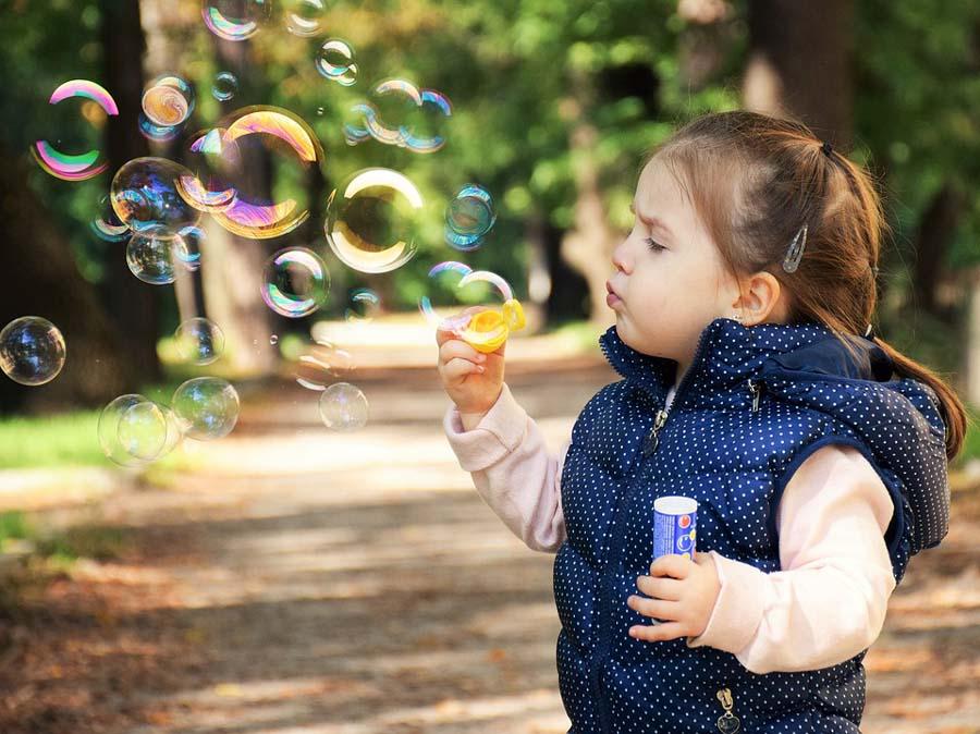 7 pomysłów na kreatywne zabawy dla dzieci